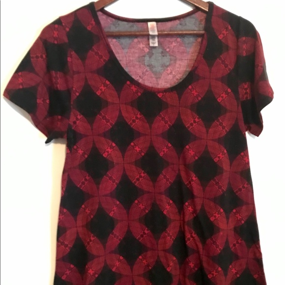 LuLaRoe Tops - Size Medium M Lularoe Black And Red Classic T